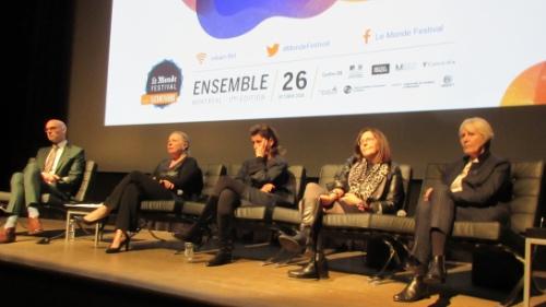 De g. à d. Guillaume Bourgault-Côté, Christine St-Pierre, Sidonie Dumas, Louise Lantagne et Claudine Lepage