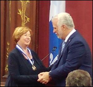 Mme Francine Lelièvre et le premier ministre, M. Philippe Couillard
