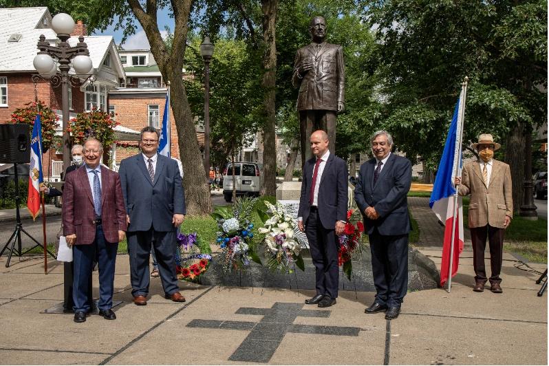 M. Roger Barrette, M. Éric Marquis, M. Thierry Morel et M. Denis Racine.