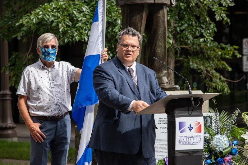 Ministère des Relations internationales et de la Francophonie : M. Éric Marquis, sous-ministre adjoint, affaires bilatérales.