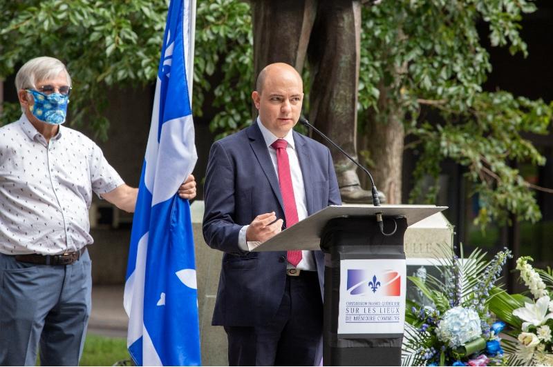 Consulat général de France à Québec : M. Thierry Morel, représentant du consul général.