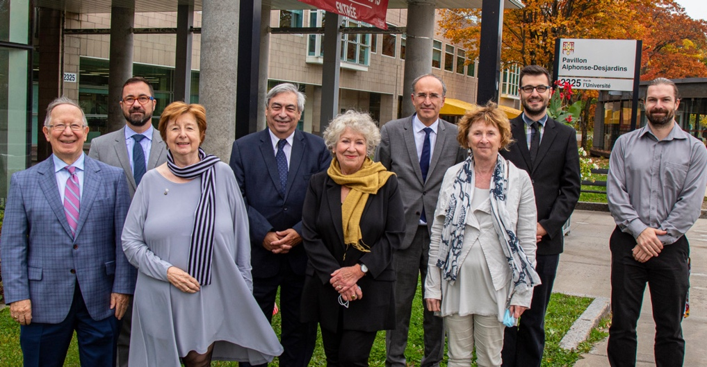 De gauche à droite:  Roger Barrette, François Gélineau, Francine Lelièvre, Denis Racine, Françoise Guénette, Frédéric Sanchez, Pierrette Lelièvre, Alex Tremblay-Lamarche, Louis-Daniel Côté.