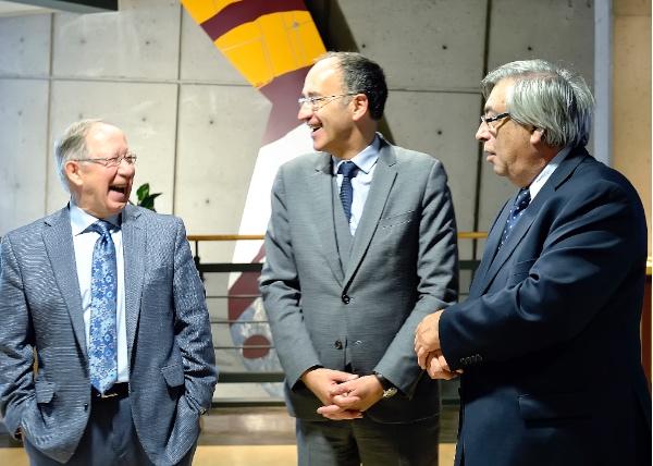 2 novembre 2019 : Roger Barrette, le consul général de France, M. Frédéric Sanchez et Denis Racine avant l'ouverture du colloque sur Jean Nicollet à l'Université Laval.